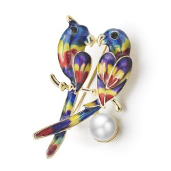 Two parrots & pearl brooch